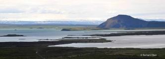 <h5>07 - Vue sur le lac Myvatn tout proche</h5>