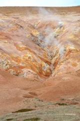 <h5>04 - Couleurs et fumerolles, beautés de la nature</h5>
