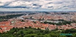 <h5>Vue de Prague à partir de la tour Petrin</h5>