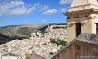 <h5>Ragusa, vue générale d'Iblia</h5>