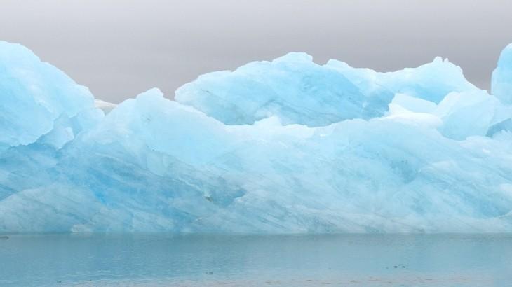 Les petits icebergs de la lagune glacière de Jökulsárlón